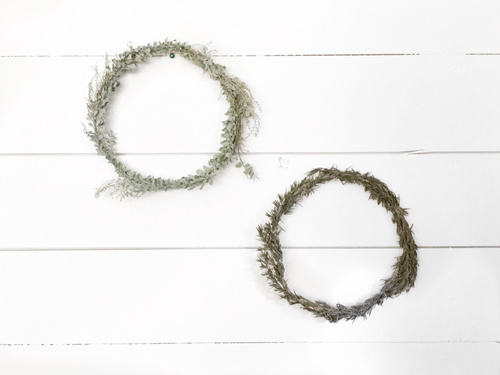 Claire Zinnecker Design // DIY Wreath